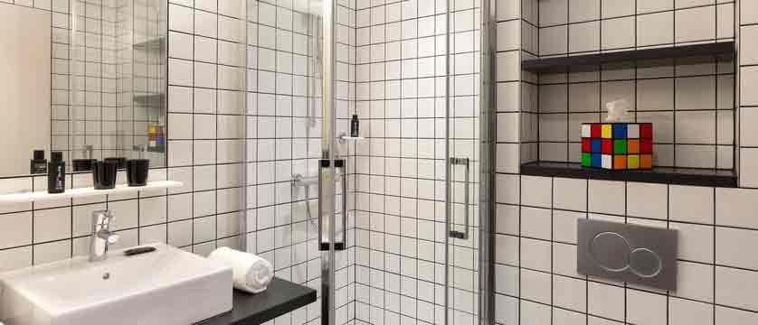 Hotel Rockypop bathroom